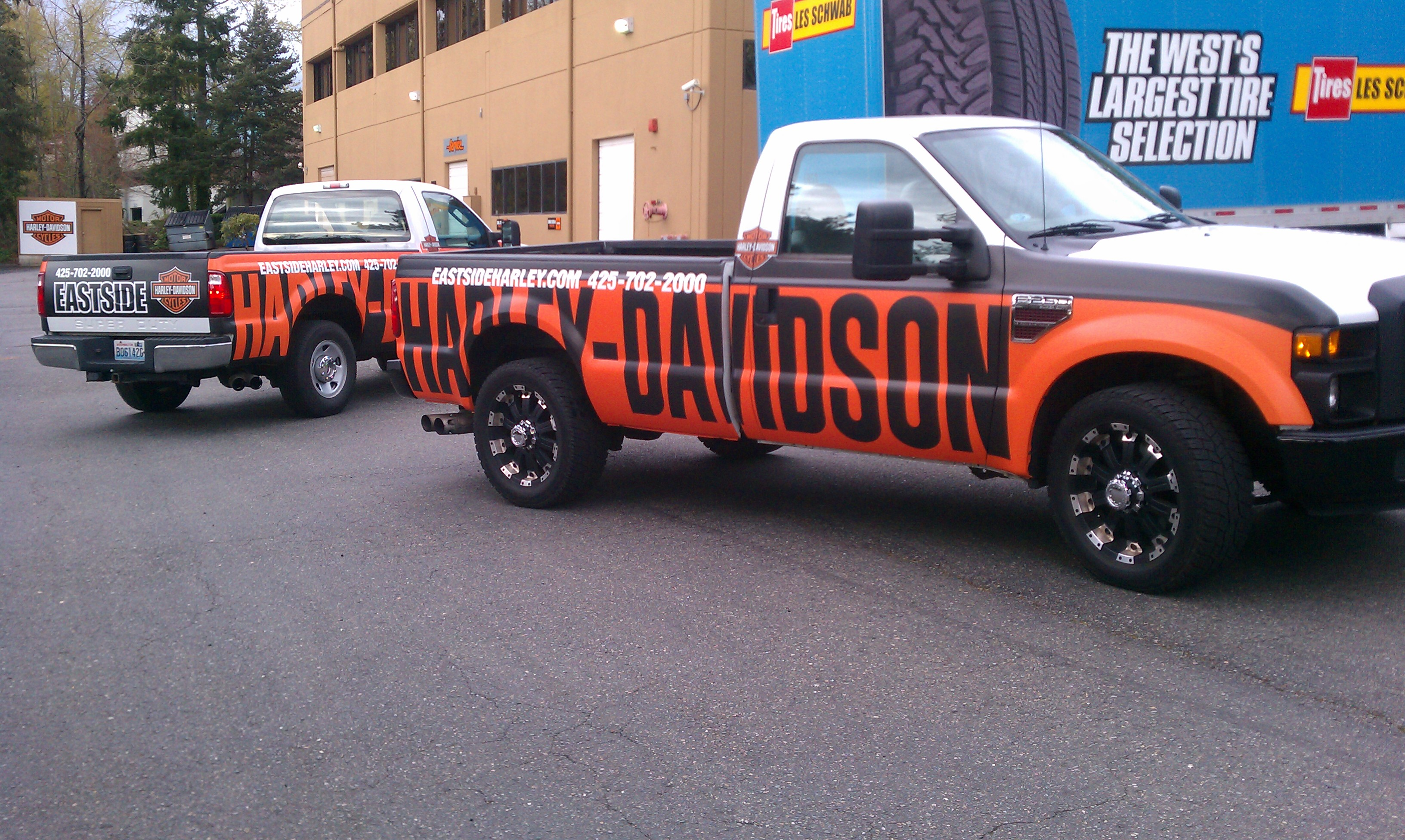 Washington Graphics Designs And Installs Vehicle Wraps For - Harley davidson custom vinyl stickers